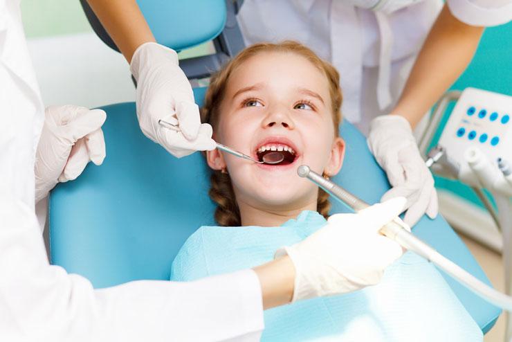 child stomatolog